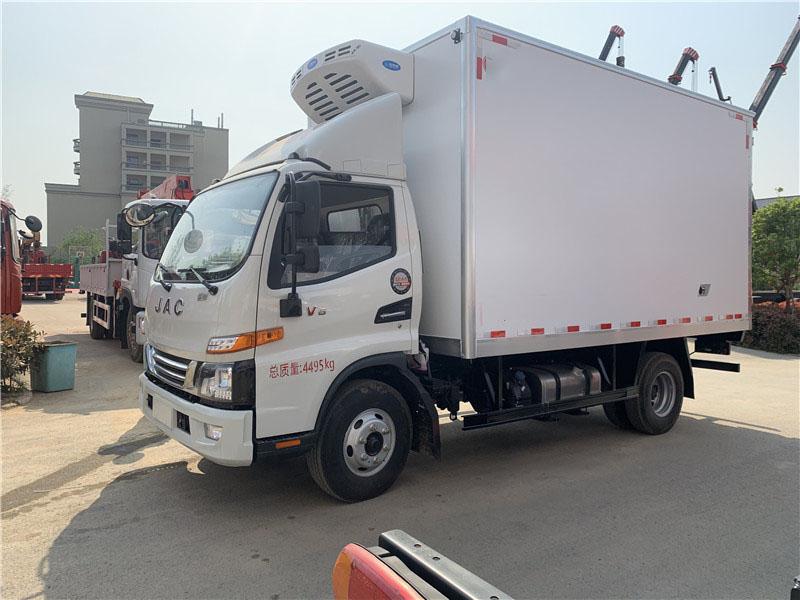 江淮骏铃V6,4.2米蓝牌冷藏车